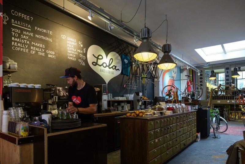 Lola Coffee & Bikes, Den Haag