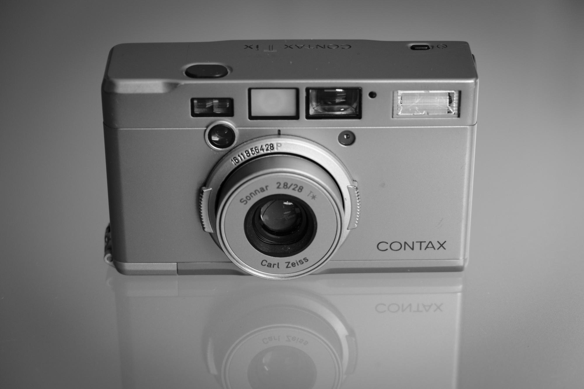 Classic Camera | Contax Tix – die Königin